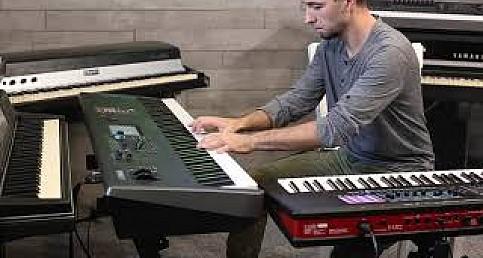 Roland Fantom 7 vs. Yamah Modx (piano pad)